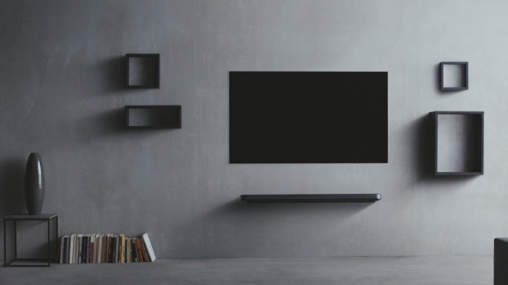 commercial: lg w7 - mam.art, slovenian production design company