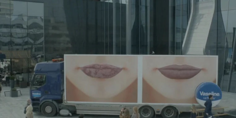 vaseline - lips