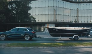 Audi E-tron-For managers